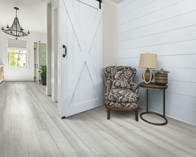 white oak luxury vinyl plank flooring