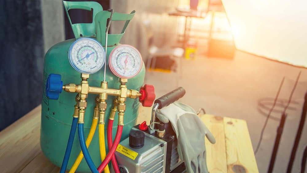 thermal change process of the refrigerant in the refrigeration cycle system