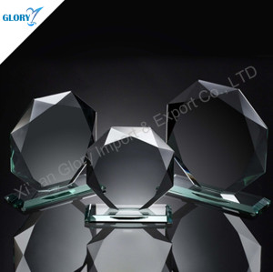 Octagon Classy Glass And Awards