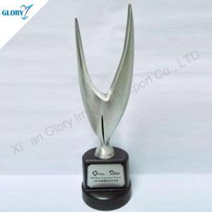 New Design Eagle Idea Silver Trophy