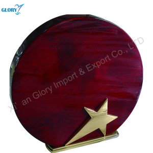 Blank Red Round Wood Plaque With Metal Star