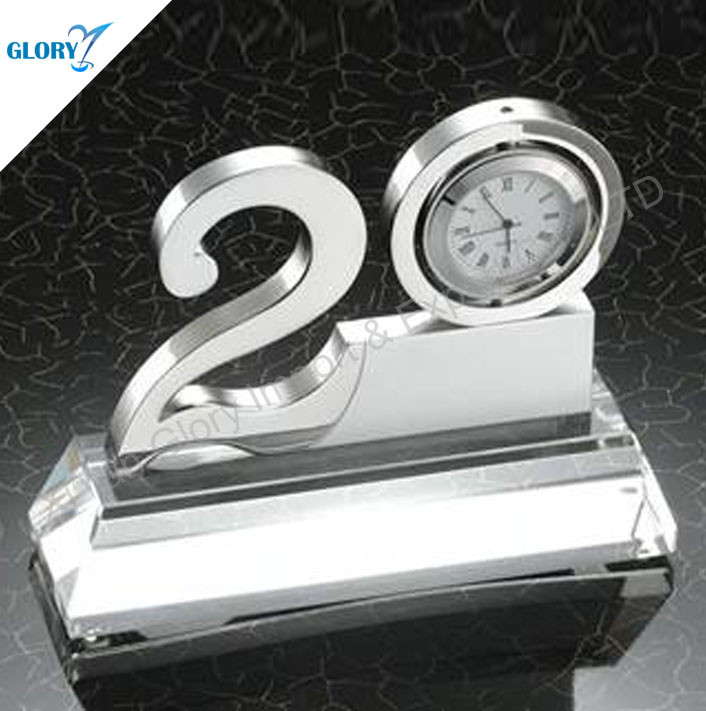 http://www.gloryawardtrophy.com/pid17932987/20-Years-Business-Anniversary-Gifts.htm