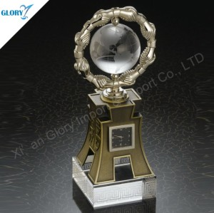 Elegant Metal Crystal World Globe Trophy Award With Clock