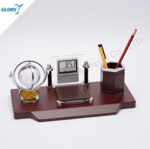 Wooden Desktop Crystal Globe Souvenirs with Pen Holder