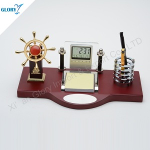 Gloden Navigation Helm Desktop Gift with Pen Holder