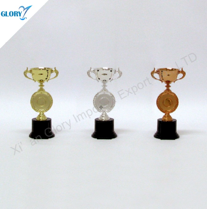 Gold Silver Bronze Plastic Trophies for Kids