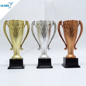 New Design Plastic Golden Silver Bronze Trophy Cup