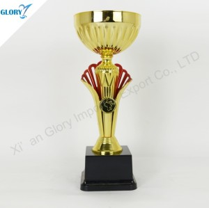 New Design Plastic Golden Cup Trophy