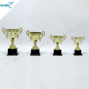 Wholesale Golden Trophy Cups in China