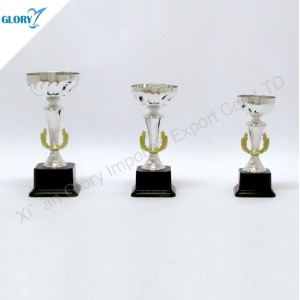 New Design Trophy Cup Silver for Souvenir