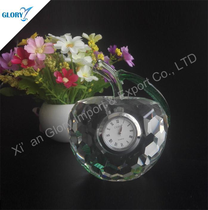 Wholesale Delicate Apple Crystal Clock for Souvenir