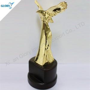 Golden Metal Eagle Trophy for Souvenirs