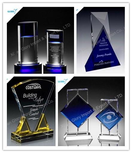 Crystal trofeo es un símbolo de premios pura y noble, de uso general en el gobierno y las empresas premiadas. Es claro cristalino chispeante toque,, delicado, sino también en las letras anteriores, patrón distintivo. --- Materiales de cristal usado tan limpia como la nieve. Utilizarlo para el premio a la buena gente es lo suficientemente bueno.  Crystal trofeo es en realidad un símbolo de puro y noble, lo utilizan para el premio a la gente buena es mejor.    Hay procesos de producción: la elección de los materiales, un material, embrión de presión, pulido áspero, el pulido fino, de perforación, chapado color, grabado, chorro de arena, la viscosa, la calidad, el embalaje  1. La elección de los materiales: varios niveles de Crystal materias primas se dividen generalmente, lo más preferiblemente no hay impurezas, y las disposiciones de la burbuja, el material es también muy regular, alto brillo, muy transparente, seguido por la mala, poco a poco con pequeños defectos.  2. proyectada apertura: es una gran pieza de material con alta velocidad de la hoja de sierra fuera de forma y tamaño del embrión presión cristalina deseada.  3. El embrión de presión: el molde para producir el tamaño y la forma final deseada, y luego añadir material a una alta temperatura por encima de 900 ℃ fundir en el molde, fundición a presión.  4. pulimentado basto: El molde se presiona hacia fuera de la ranura de disco de diamante directamente blanqueado producto bruto, acabado.  5. pulido fino: Después de pulido en bruto, polvo de pulido para pulir el producto final a ser muy claro hasta el momento.  6. perforación: se termina antes de que el cristal no es completa, de acuerdo con el tamaño y la ubicación de la perforación requerida, para perforar para la perforación.  7. Pantalla: superficie de cristal con diferentes pigmentos de efecto procesamiento realizado, el nivel de color de más grueso, antes de caer de nuevo enfoque.  8. El color de la galjanoplastia: chapado en el uso de tácticas simila