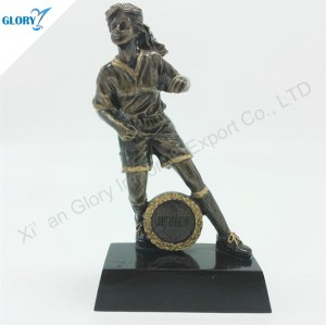 Wholesale Resin Woman Football Trophy for Souvenir