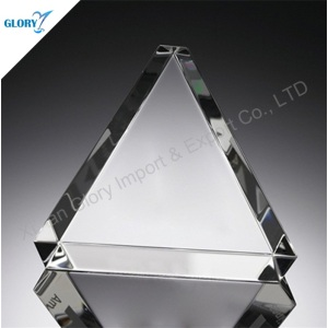 Custom Glass Crystal Triangle Cube for Paperweight