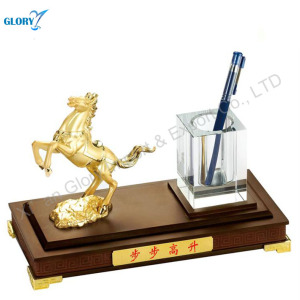 Wholesale Business Gift Horse Figures Wooden Desktop Pen Holder