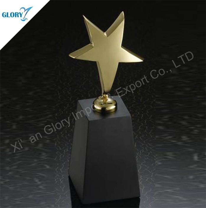 Latest Design Metal Gold Star Trophy with Black Crystal Base