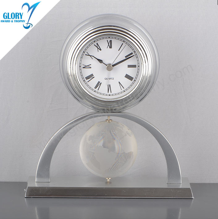Quality Crystal Globe Metal Clock for Souvenir