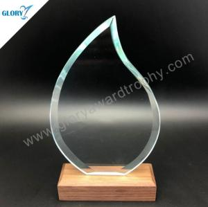 Flame shape jade glass trophies with wooden base