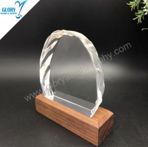 Prime quality iceberg shape crystal commemorative gift China custom wholesale