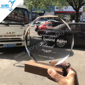 Best quality glass trophy custom wholesale  made  in  China