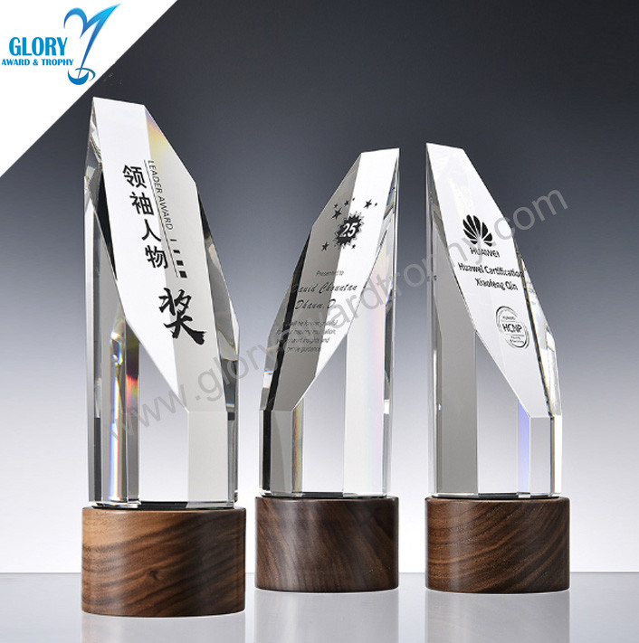Choice quality solid wood round base K9 crystal trophy custom wholesale