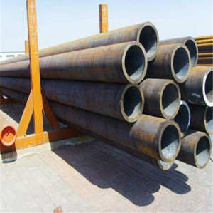 Seamless alloy steel pipe para serviço de baixa temperatura