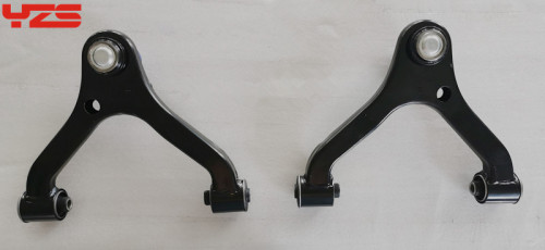 Auto suspension front lower control arm OE 48630-0K010  48610-0K010 for HILUX  PICK UP   2004-