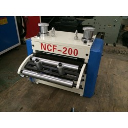 자동 핫 판매 고품질의 저렴한 CE 및 주식 코일 피더 기계 정밀