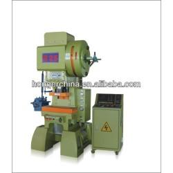 C- Tipo machinev punzonatrice