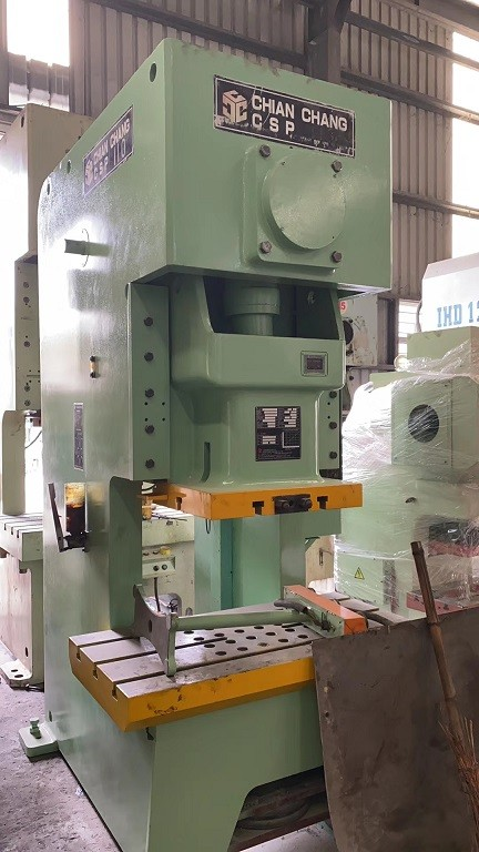 Chian Chang( from Taiwan) 110T C frame press