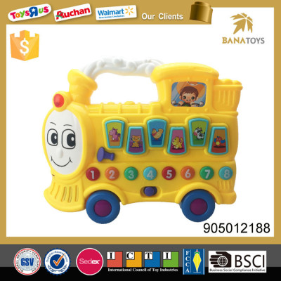 Plastic  low price electric  toy  carton car for kids with light and music
