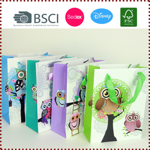 Wholesale Paper Bag Paper Gift Bags Patterned with Owls