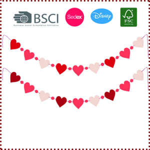 Lovely Heart Shaped Garland