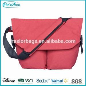 New design 15.6 inch laptop messenger bag for teenagers