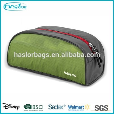 Convenient fashion waterproof cosmetic bag for travel
