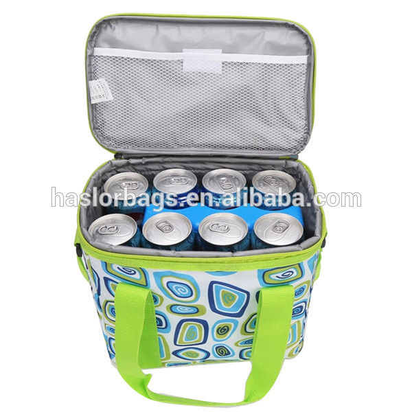 Portable insulating effect cooler bag for 8 cans beer