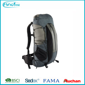 2016 travelling Hiking Backpack With Comfortable Backing and Straps