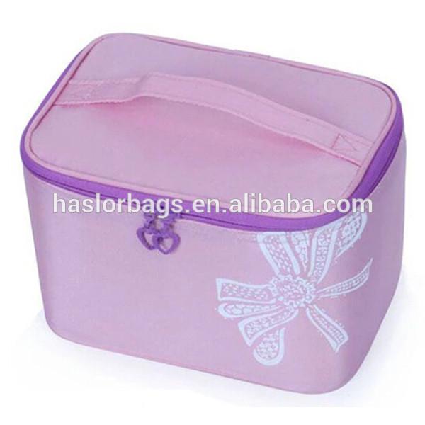 Nylon Waterproof Beautiful Cosmetic Bag for Travelling