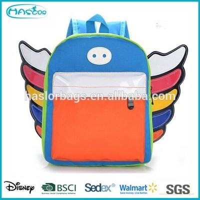 2015 New Design of Kids Novelty Backpacks with Wings