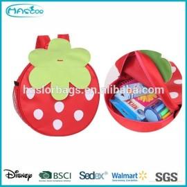 Mignon forme fraise Roll Top sac à dos pour enfants