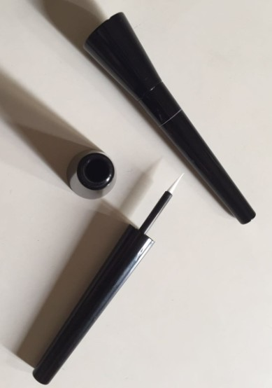 eyeliner tube, rubber brush, cosmetics packaging