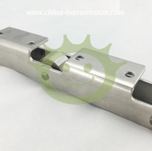 Stainless steel conveyor chains with attachment