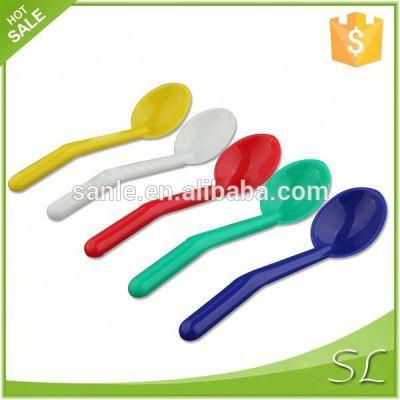 Hot colorful food grade pp long handle plastic scoop