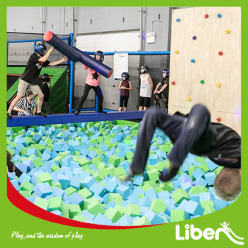 With Foam pits Inside Large Indoor Trampoline Play Center