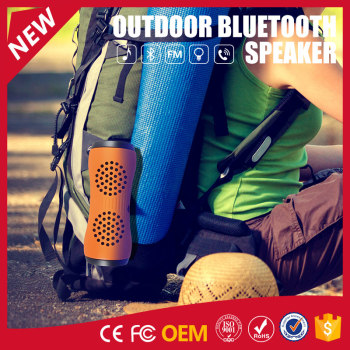 YOMMO 2017 New Outdoor Bluetooth Waterproof Speakers with Flashlight