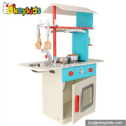 Pretend & Play wooden cooking set for kids W10C156