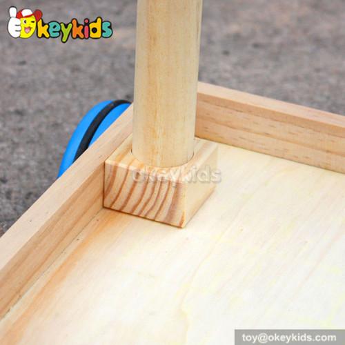 Wholesale cheap wooden walker baby push toys W16E018