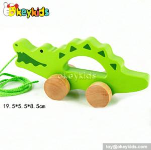 Cartoon animal design wooden drag crocodile toy for toddlers W05B082