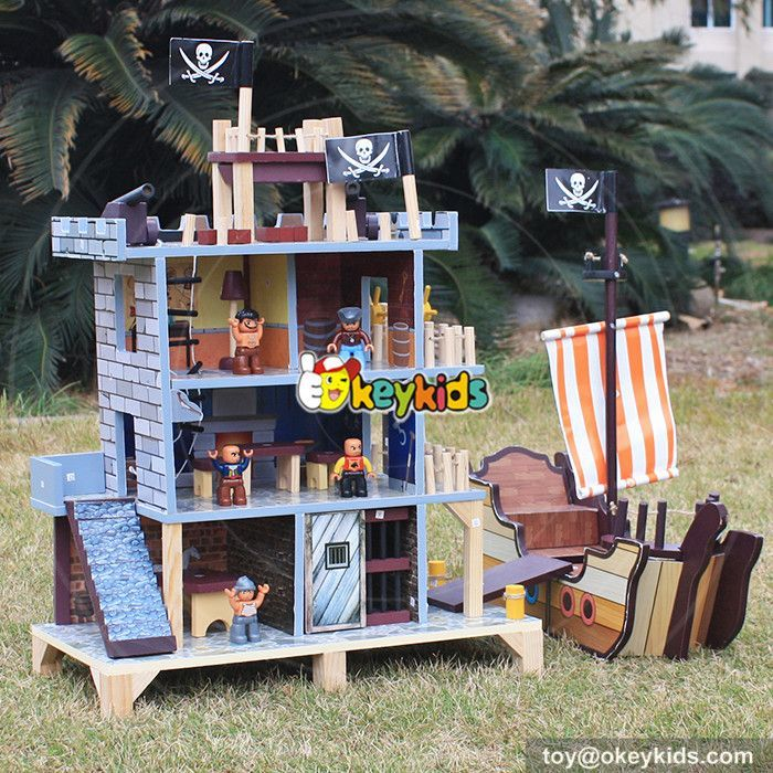 pirate-doll-house